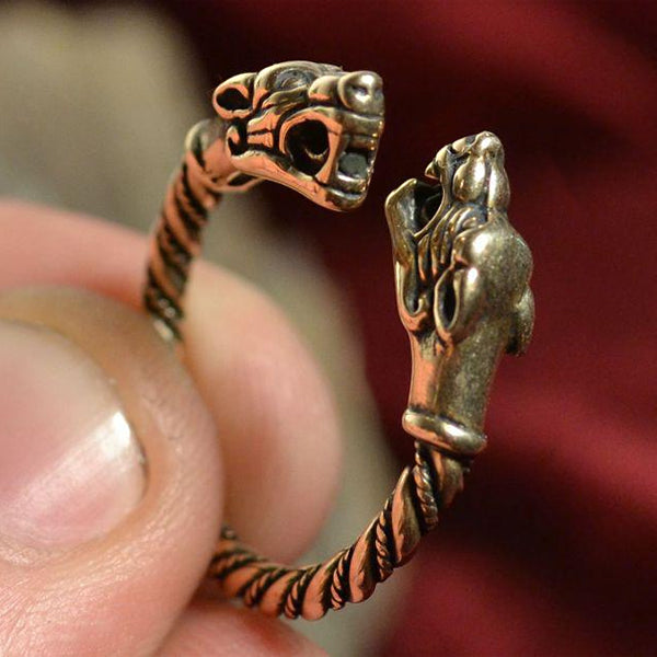 Wolf Head Ring - Bronze