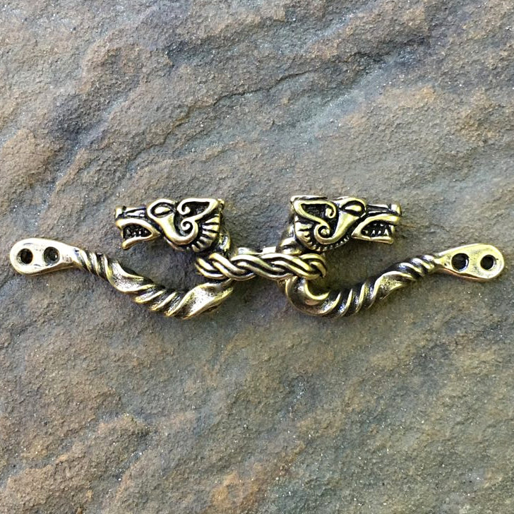 Wolf Heads Cloak Clasp - Silver or Bronze