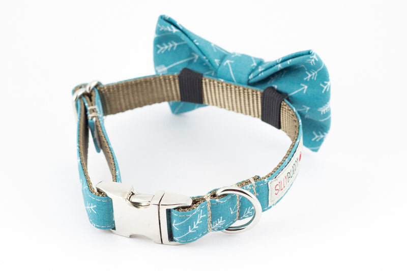 Ocean blue arrow print dog bowtie collar.