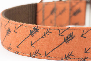 Arrow Cinnamon Flower Collar