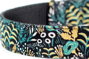 Tapestry Black Gold Bowtie Collar
