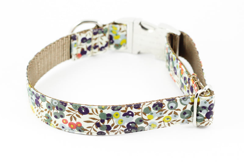 Wiltshire Sage Berry Collar
