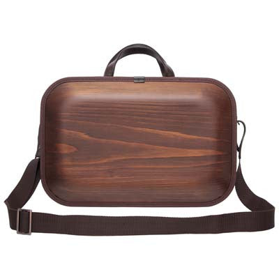 We put shoulder strap to our Brown line. More you use color change every day. Please enjoy the scent of real wood.■ Material: Cedar, cotton canvas, hides, urethane paint (water-repellent finish)■ Size: Approximately W18 X H12 X D2.8 inch, W18 X H15 X D2.8cm (including the handle)■ Weight: Approximately 930 g / 2 lbs■ Specifications: There are 2 middle sizes inner pocket at one side Double fastener make easy open and close B4 size documents storing is possible 17 inches of note PC storing is possible