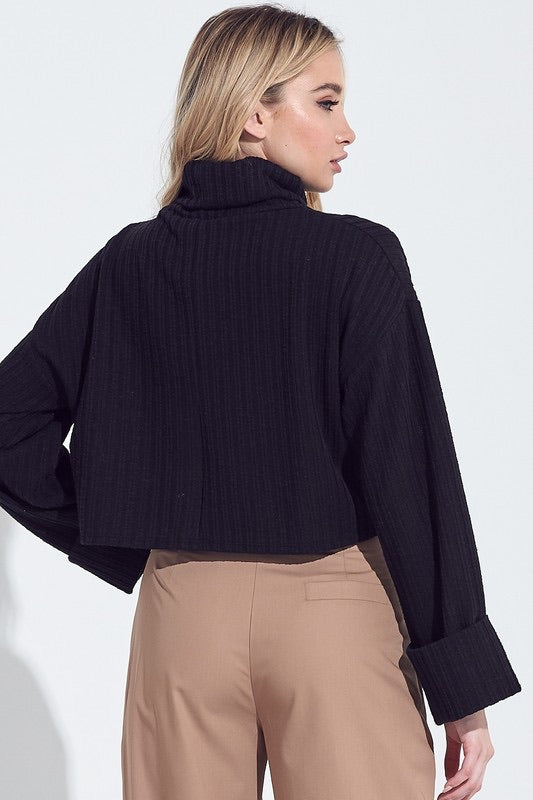 Wide Sleeve Ribbed Cropped Turtle Neck