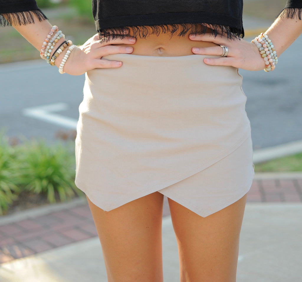 Basic Envelope Skort- Tan
