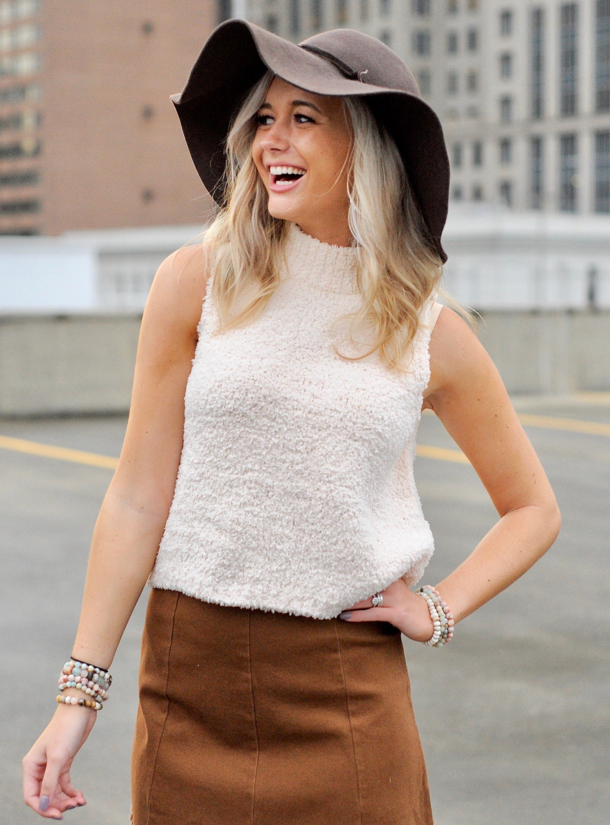 Sleeveless Turtle Neck Top- Cream