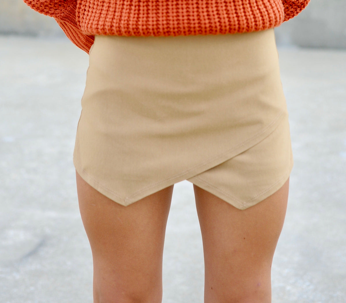 Basic Envelope Skort- Mocha