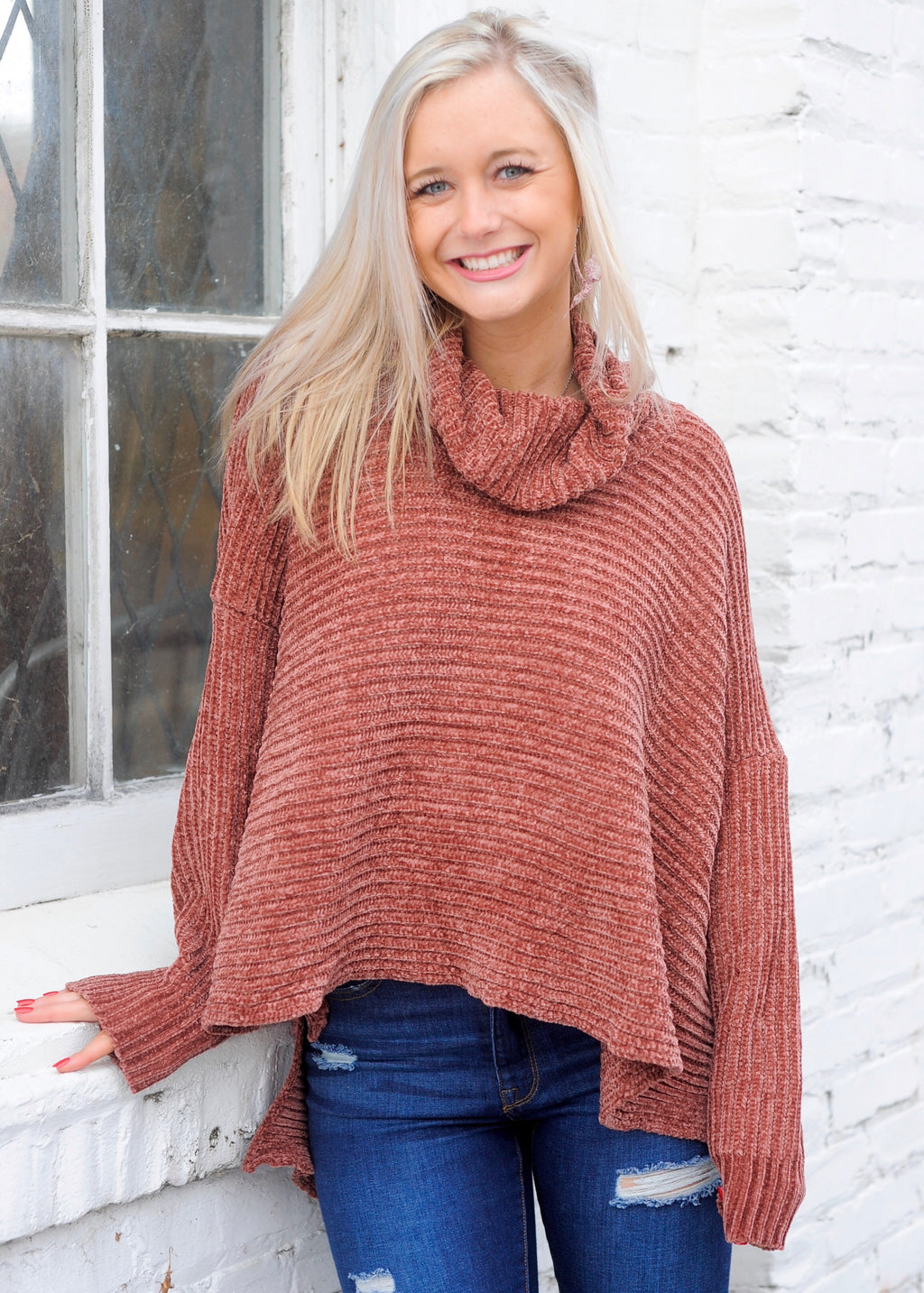 Ribbed Brick Turtle Neck Sweater