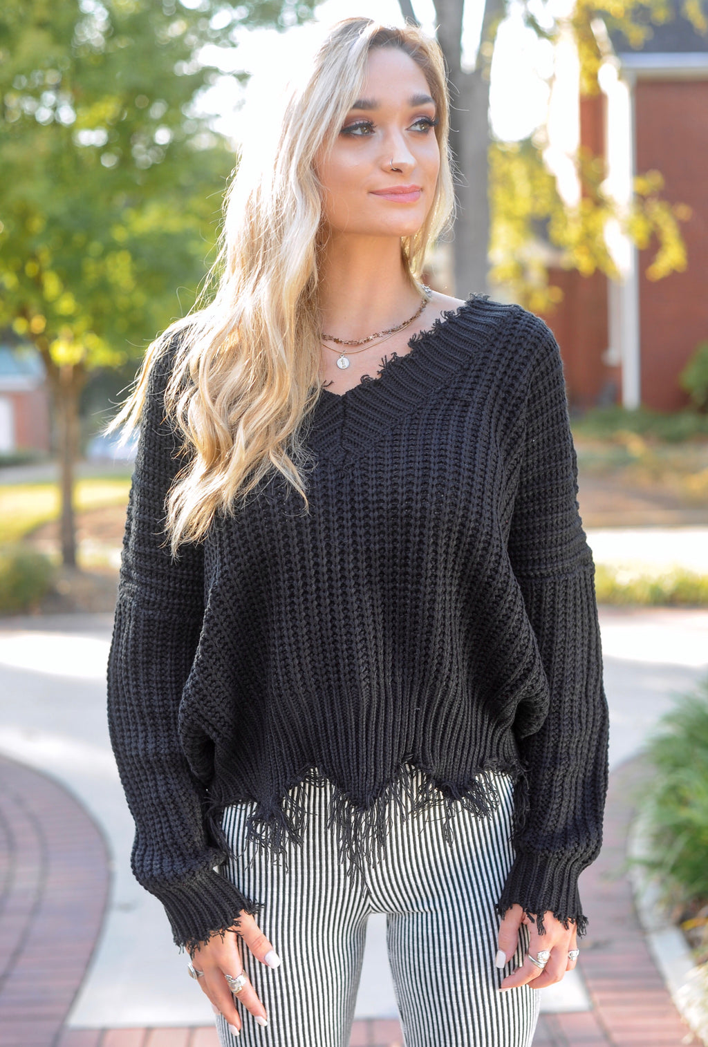 Frayed V Neck Sweater - Black