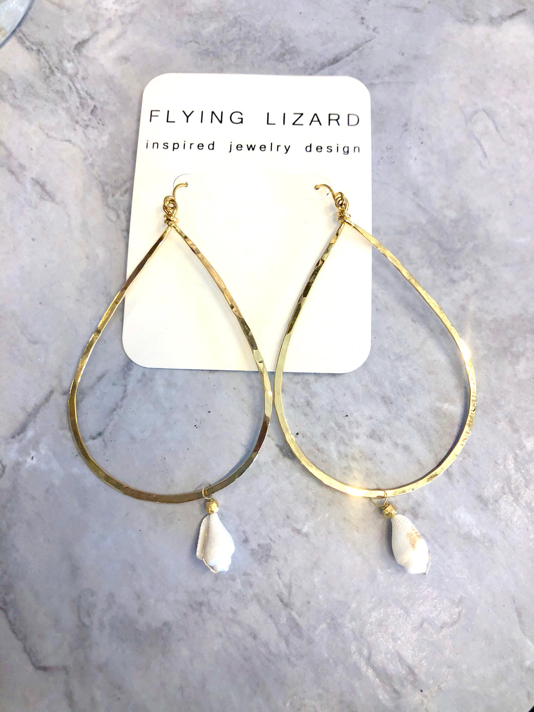 FLYING LIZARD DESIGN TEARDROP SHELL HOOPS