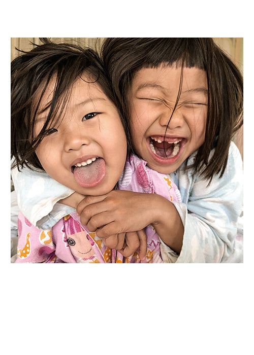 PALM PRESS GREETING CARDS TWO SISTERS LAUGHING
