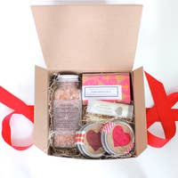 THE LITTLE FLOWER SOAP COMPANY VALENTINES DAY SPA BOX