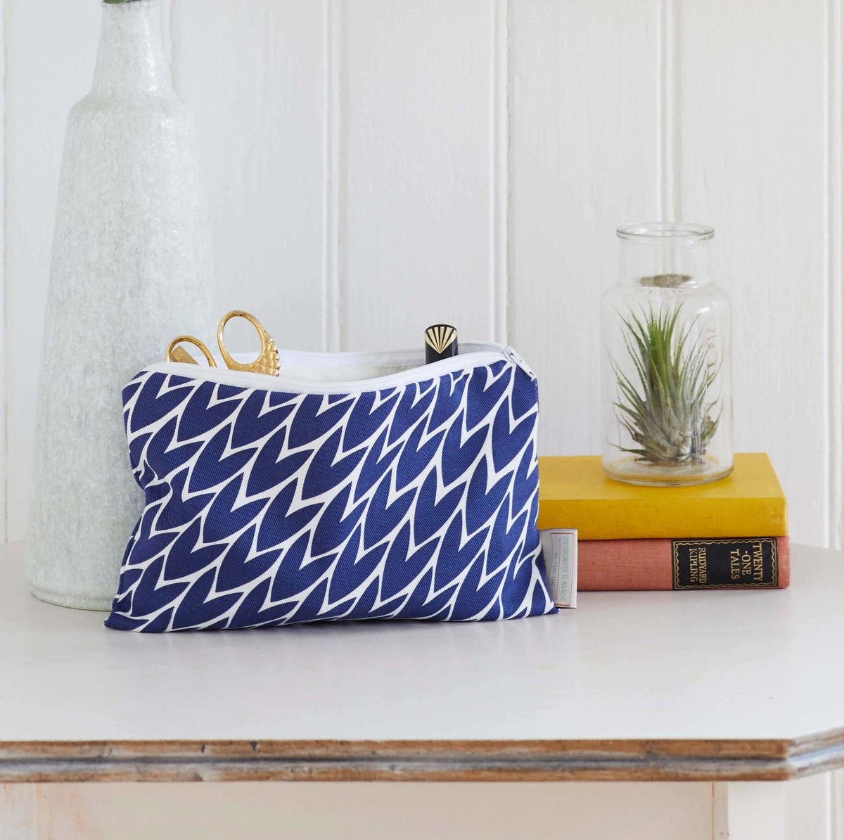 Leaf Print Pouch // Navy - Gift - BoxTree