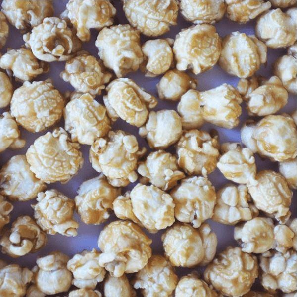 Popcorn: Caramel, White Chocolate & Raspberry - Gift - BoxTree