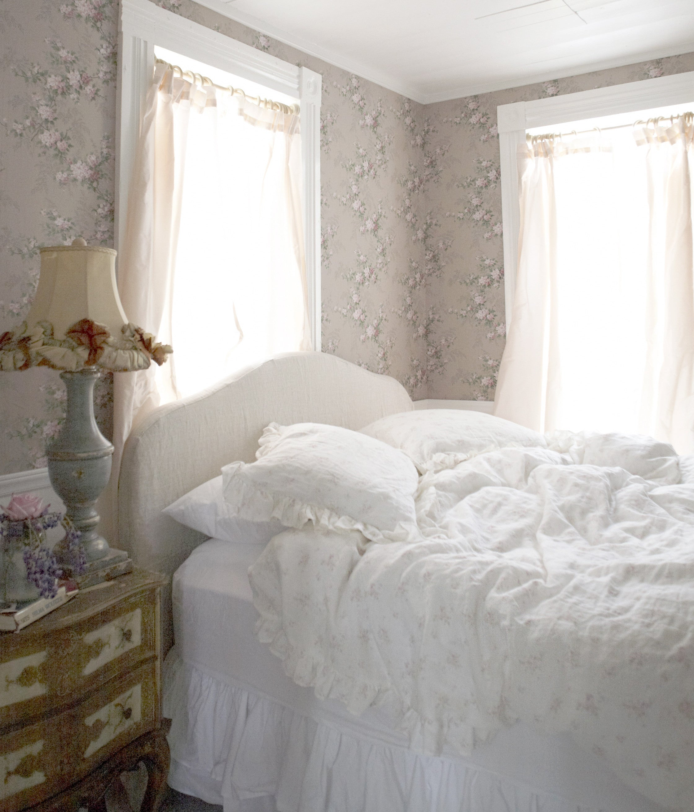 Shabby Chic Bedrooms: Rachel Ashwell Shabby Chic Couture