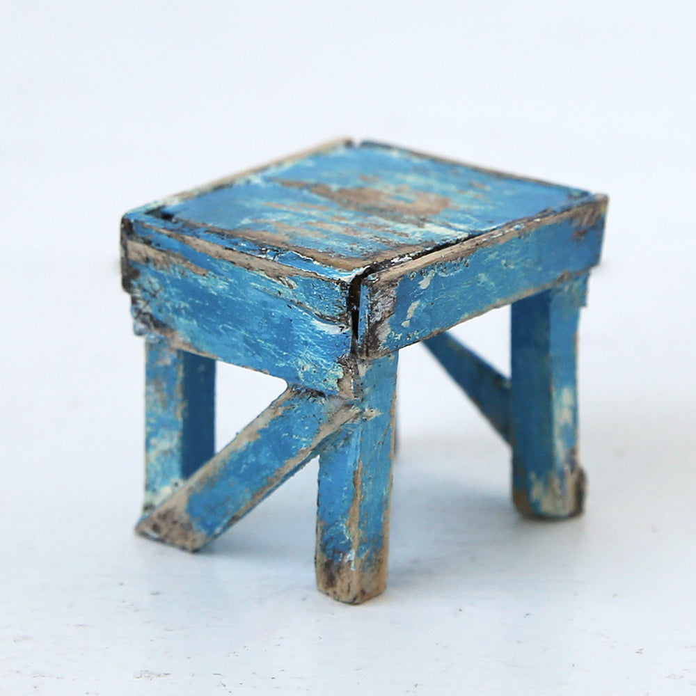 Dollhouse Furniture: Blue Cooper Bench Table