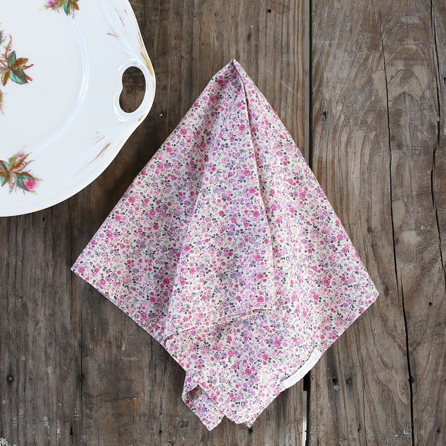 20% OFF Ditsy Floral Pink Napkin