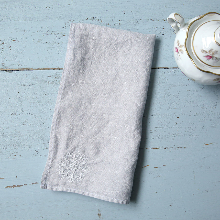 20% OFF Light Grey Embroidered Flower Medallion Napkin