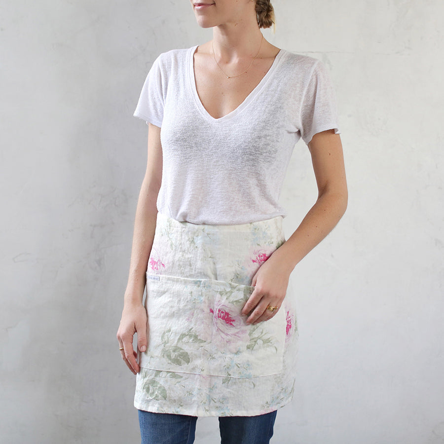 Royal Bouquet Short Apron