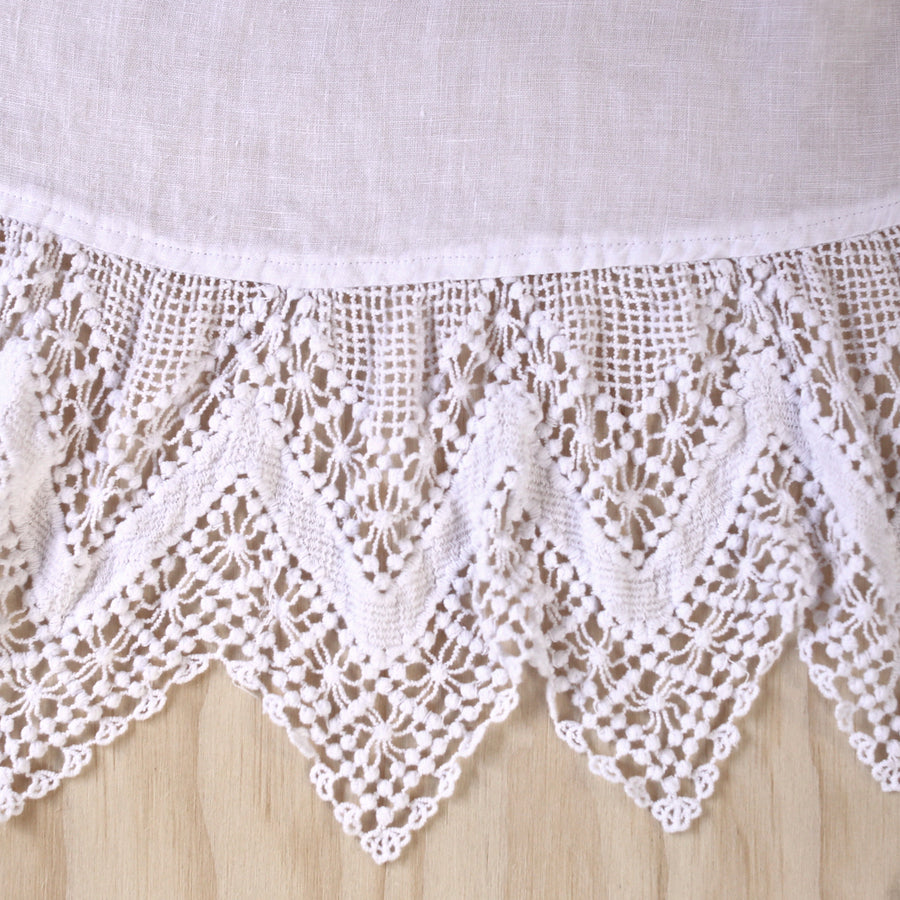 White Cluny Lace Tree Skirt