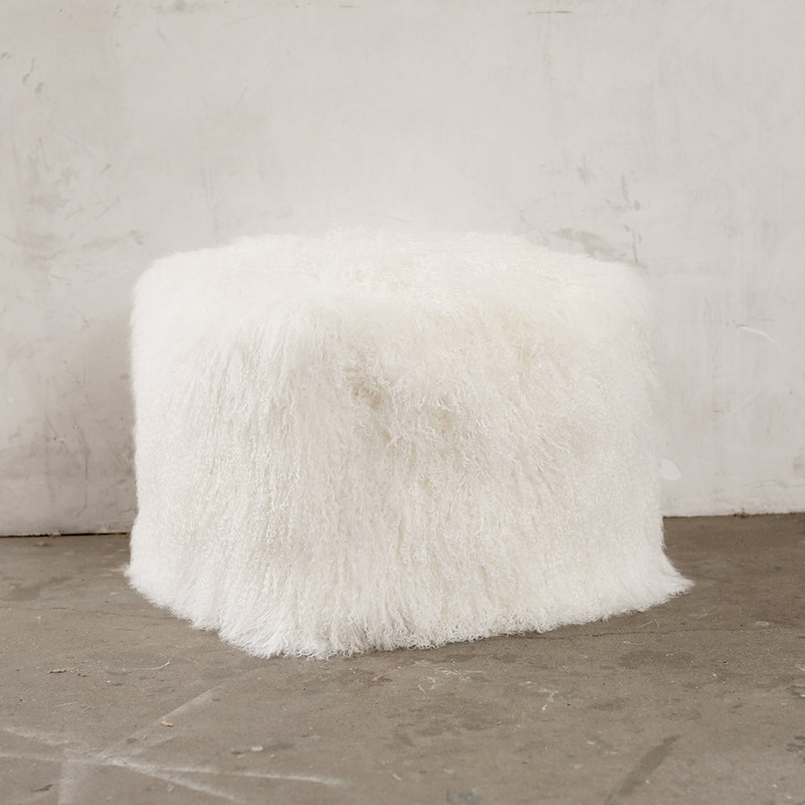 Back-in-Stock - Ivory Fur Pouf