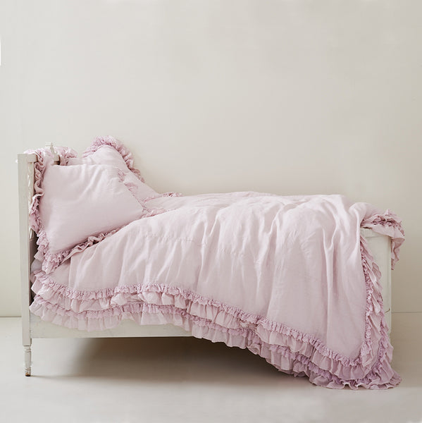 petticoat pink bedding collection back in stock rachel ashwell shabby chic couture. Black Bedroom Furniture Sets. Home Design Ideas