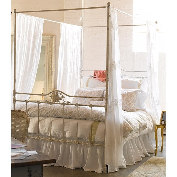Shabby Chic White Iron Canopy Bed By Rachel Ashwell Rachel Ashwell Shabby Chic Couture