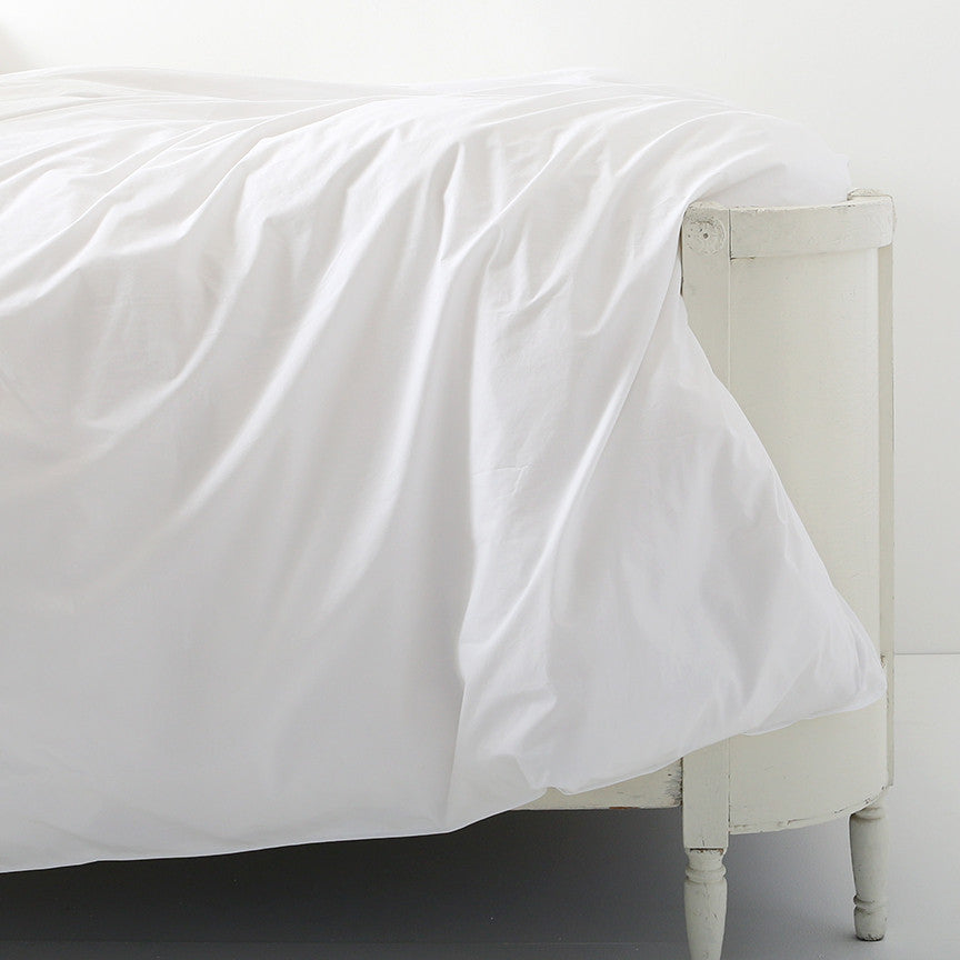 Liliput White Bedding by Rachel Ashwell