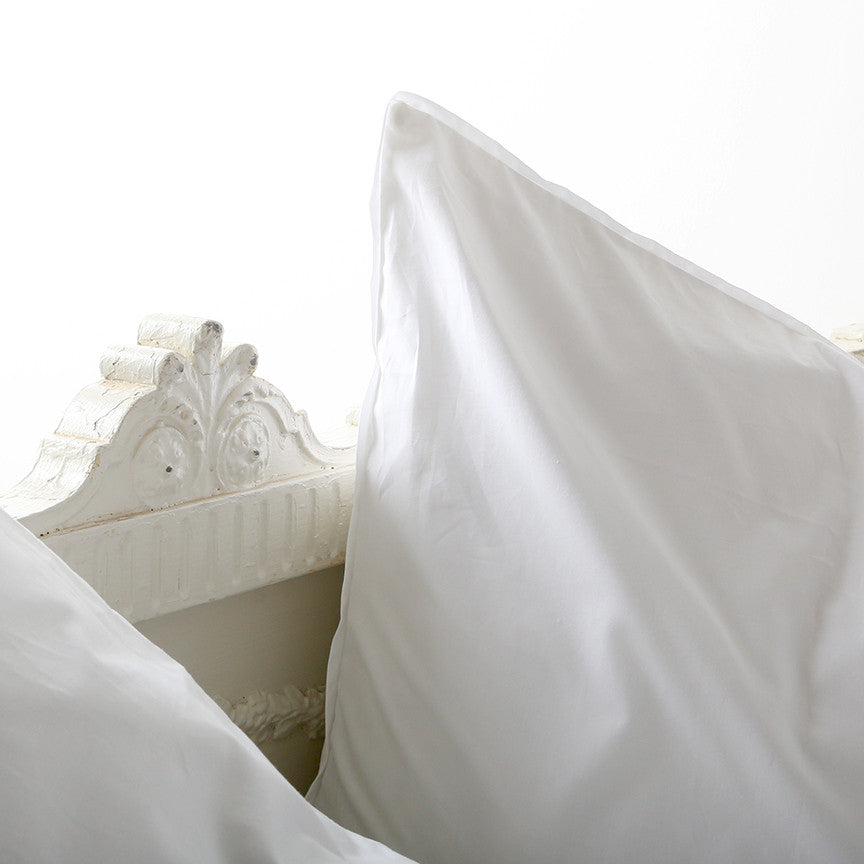 Liliput White Bedding Collection