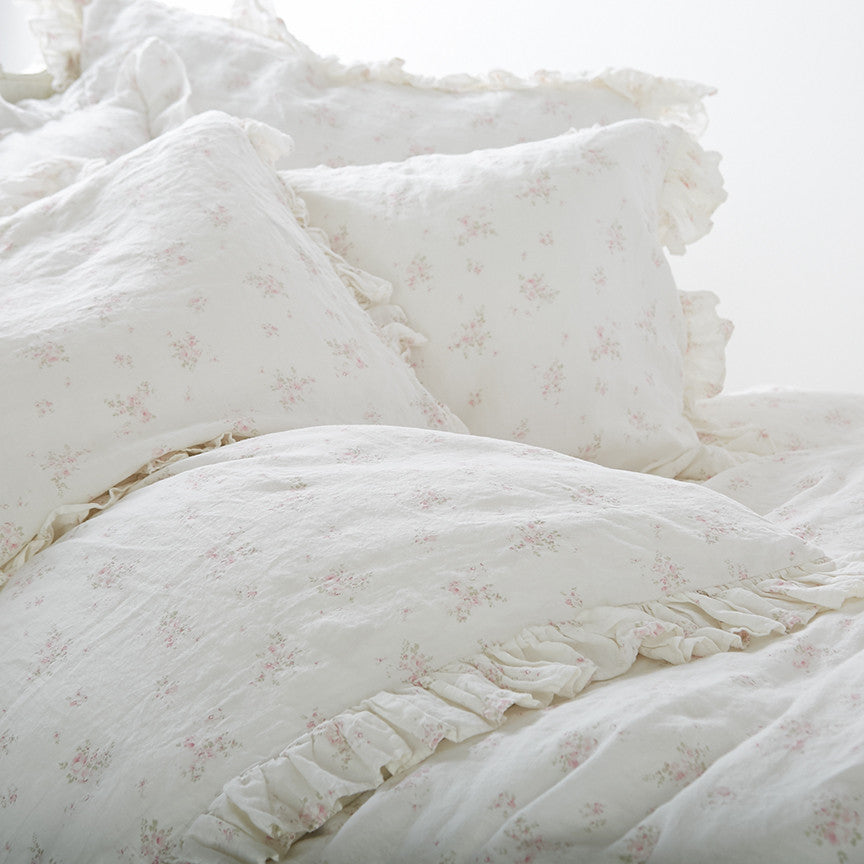 NEW REDUCED PRICING Rosabelle Bedding