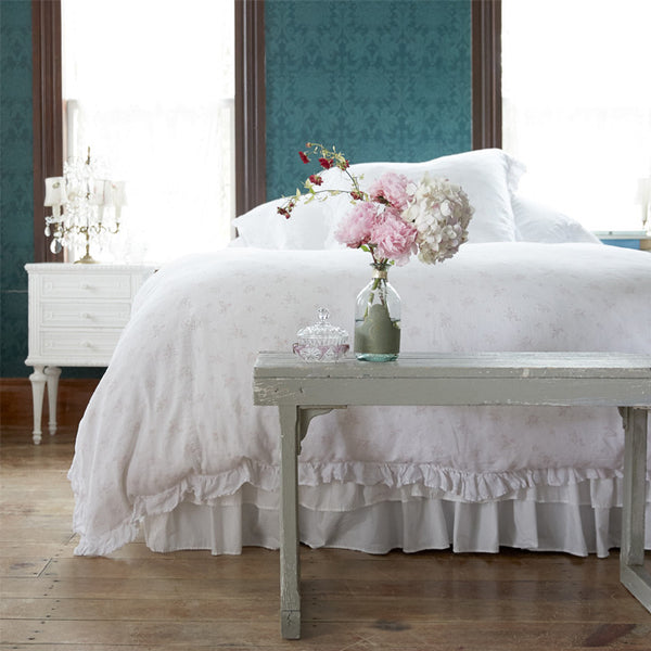 new reduced pricing rosabelle bedding rachel ashwell shabby chic couture. Black Bedroom Furniture Sets. Home Design Ideas