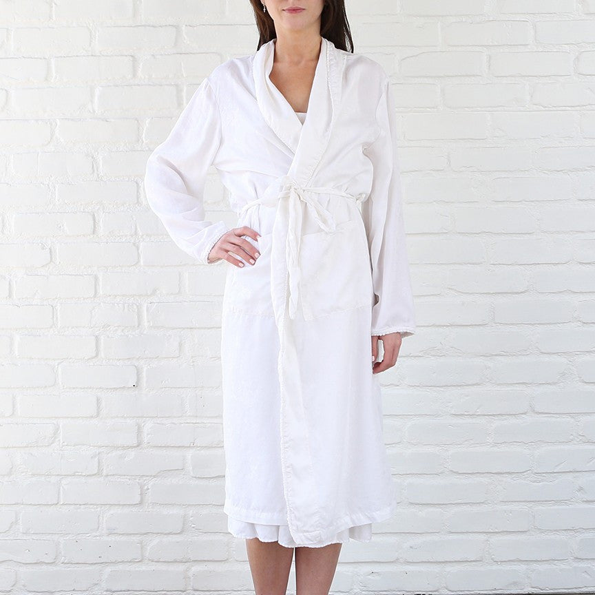 White cotton Silk Jacquard Robe at Rachel Ashwell Shabby Chic Couture