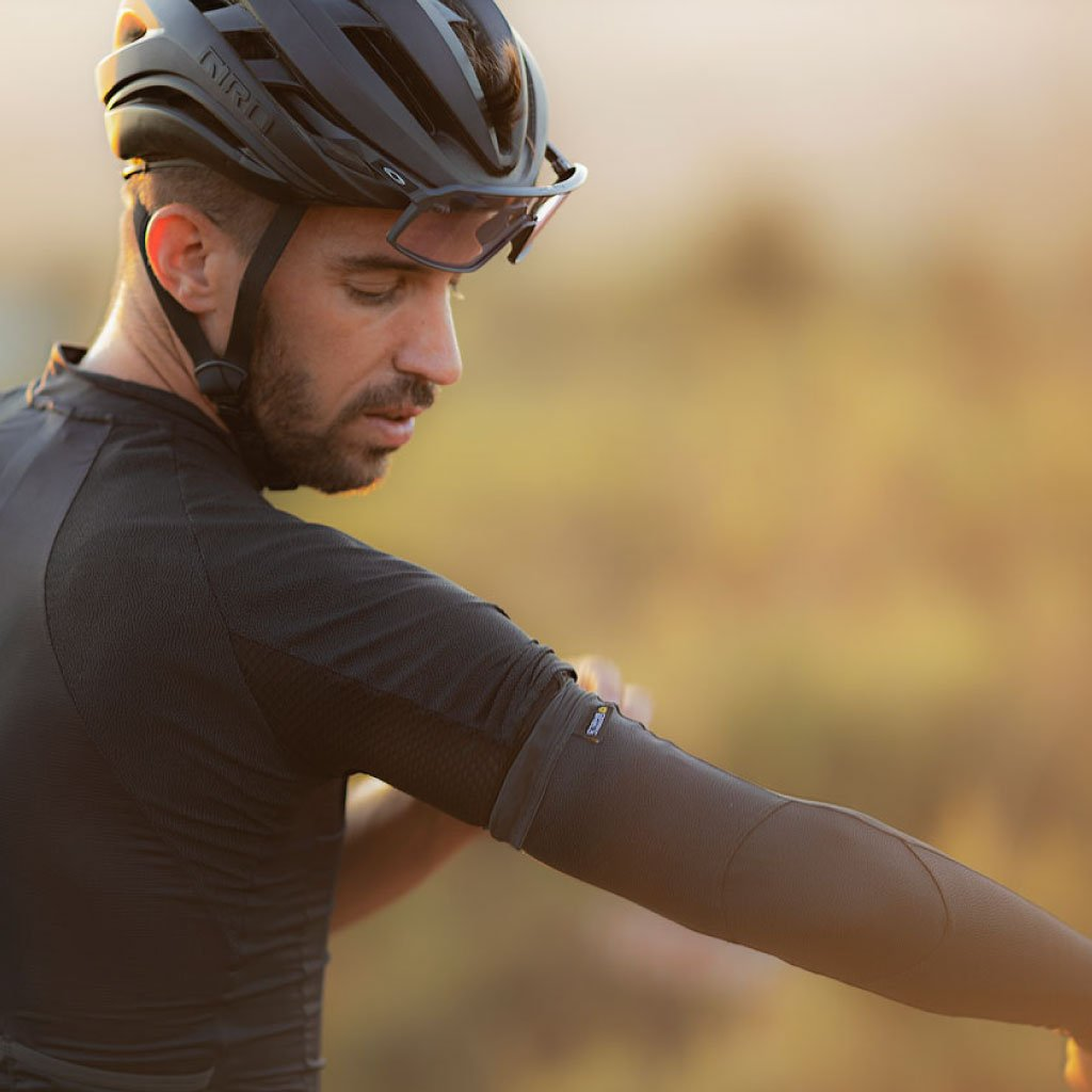 cycling sleeves with ceramic shield fabric