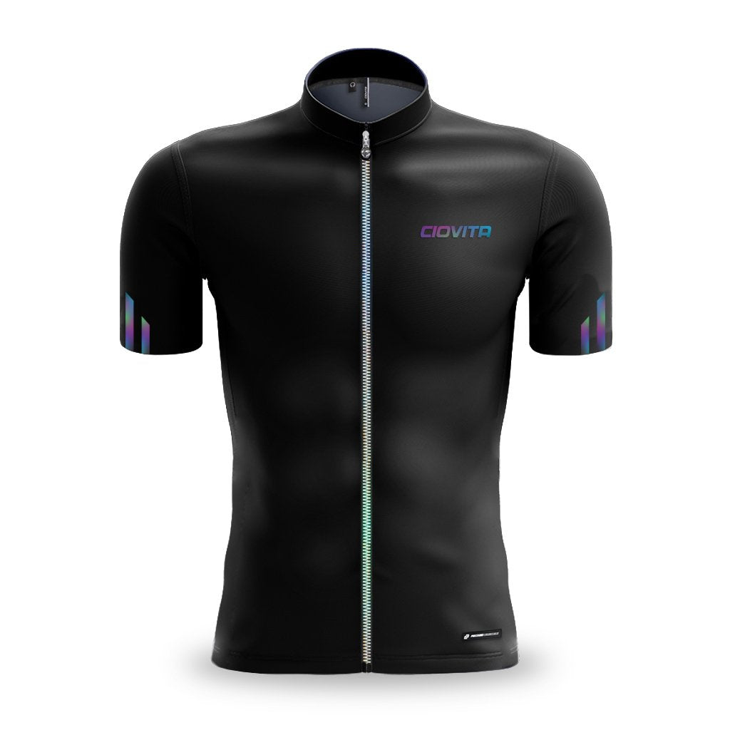 Men's black cycling jersey with fused seams