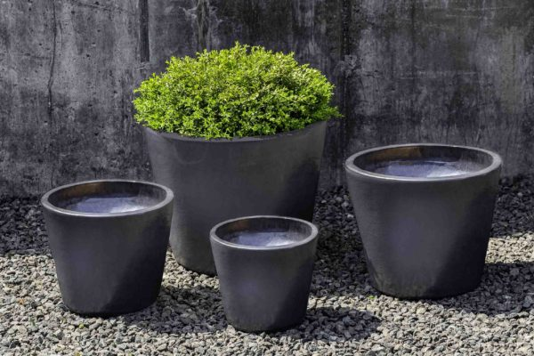 Portale Planter in Metal Grey