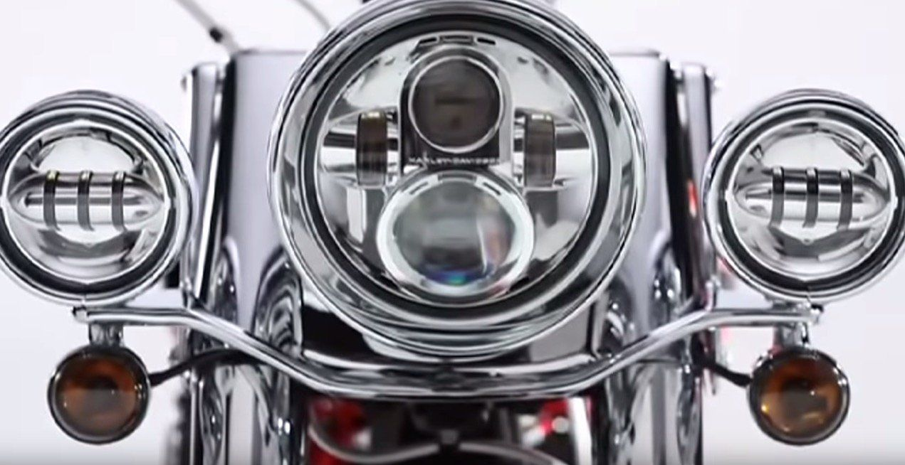 6 Facts About The Harley Davidson Daymaker Headlight