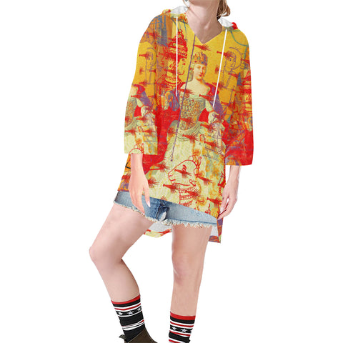 THE ONE BIG QUEEN AND THE MANY LITTLE RED LOBSTERS Unisex Step Hem Tunic Hoodie
