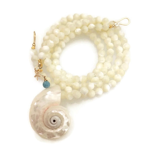 Versa Mala -mother of pearl