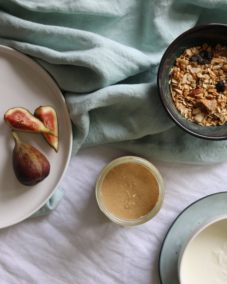 RECIPE: NUTORIOUS peanut butter and granola bowl