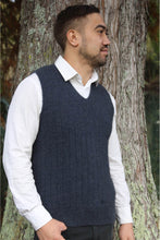 Load image into Gallery viewer, Lothlorian Pullover Vest in Merino Wool and Possum Fur