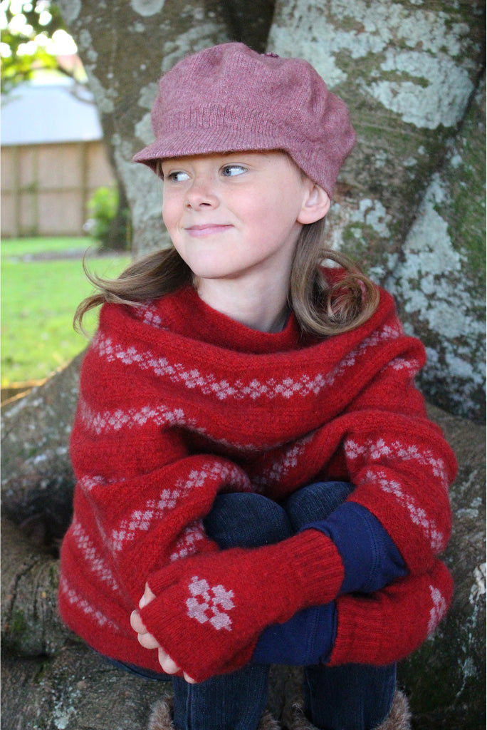 Lothlorian - Child's Gatsby Hat in Merino Wool and Possum Fur