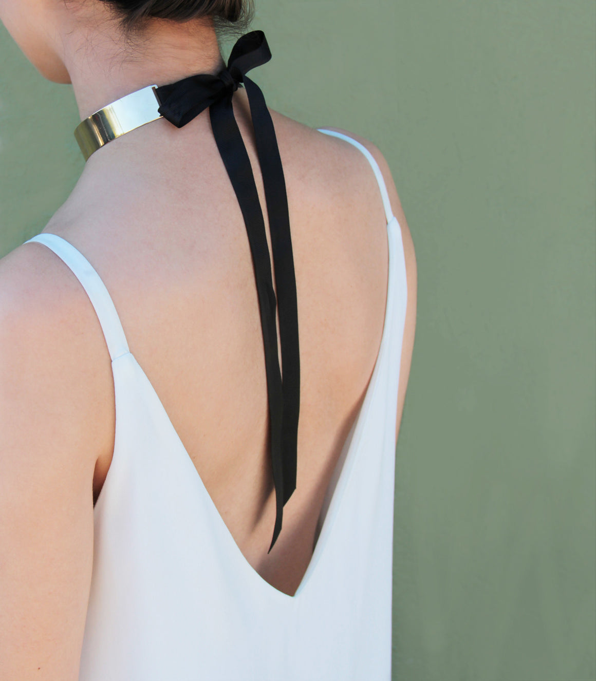 Tuxedo Polished Bar and Grosgrain Ribbon Choker