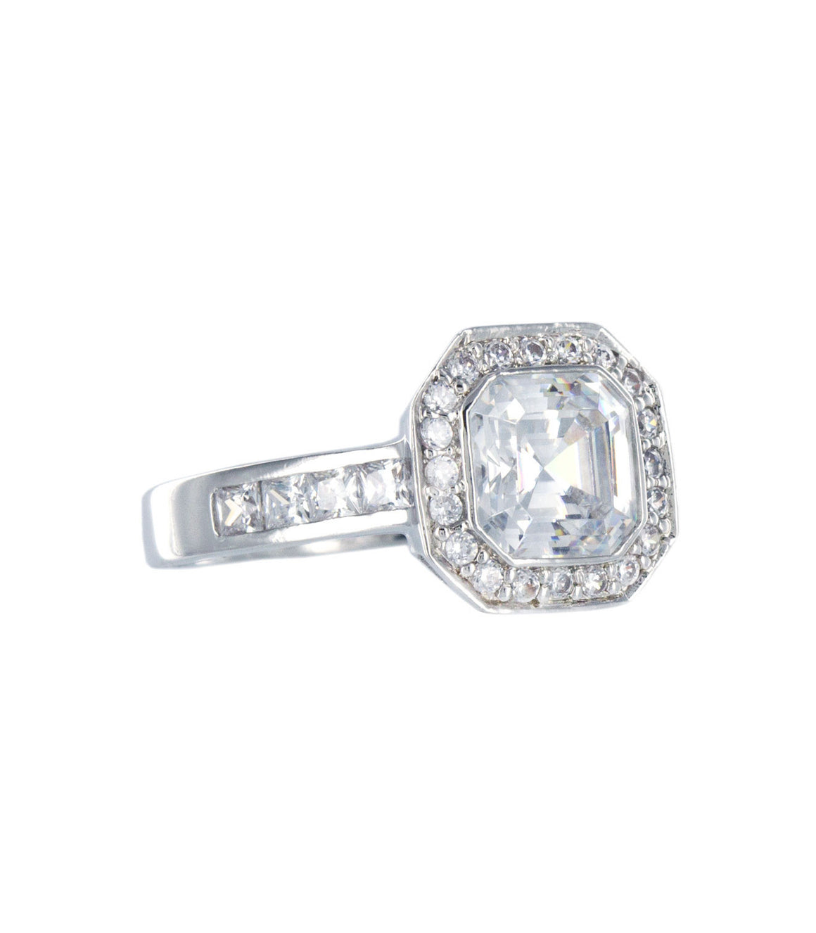 Classic cubic zirconia sterling silver ring.