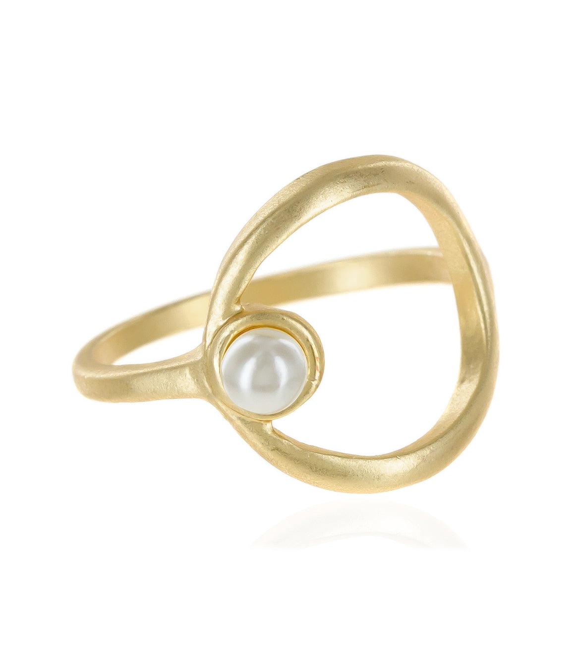 Round open cut ring with pearl accent