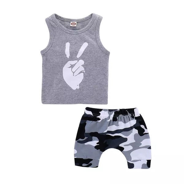 Peace tank + Camo Shorts - Apollo & Wynn