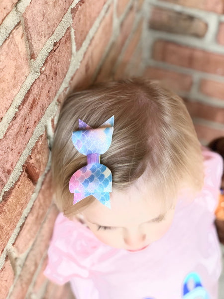 Mermaid Pastel Glitter Bow Clip - Apollo & Wynn