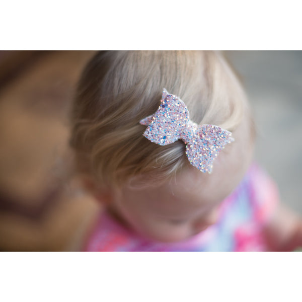 Eva Small Peach Iridescent Glitter Bow Headband - Apollo & Wynn