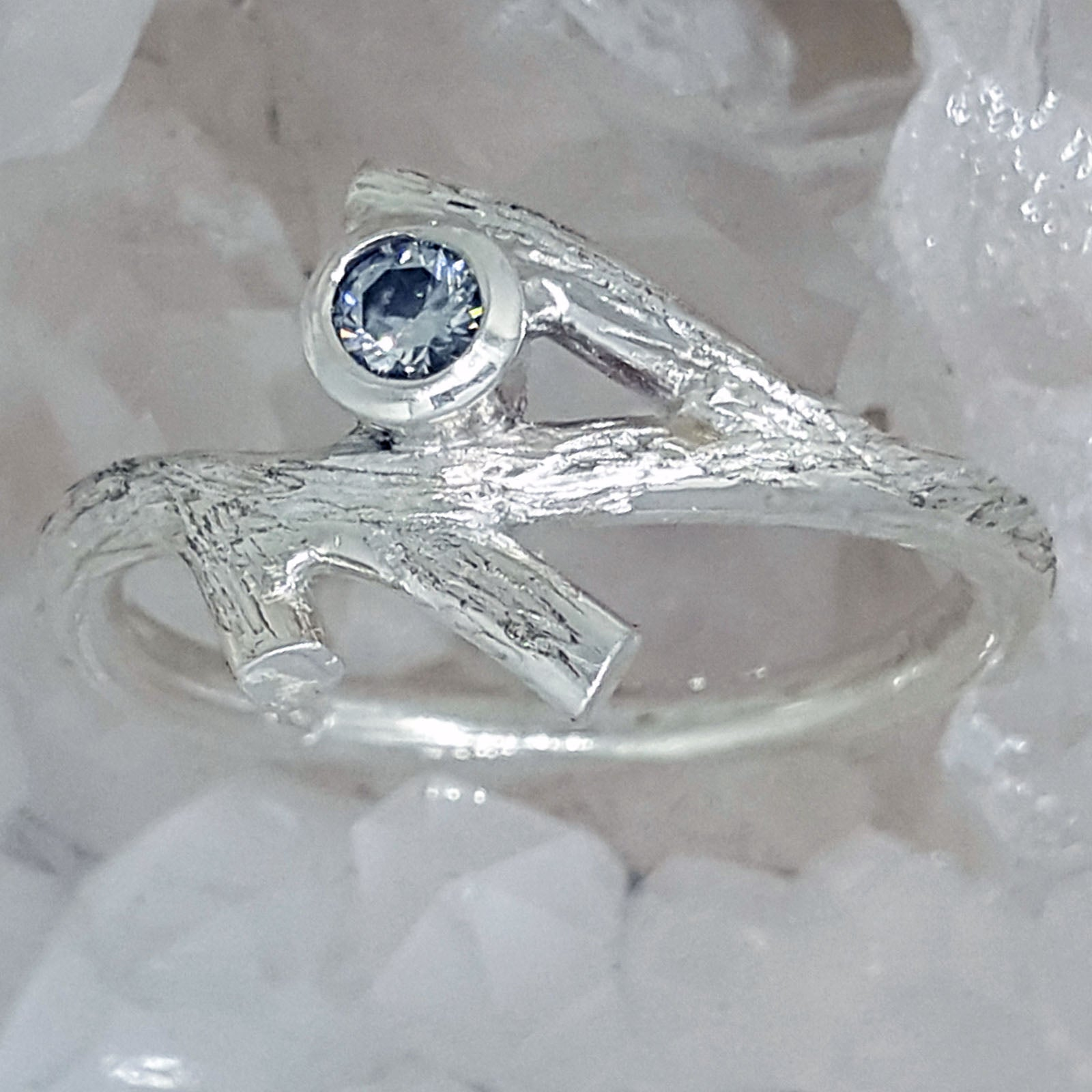 white cut via rings engagement etsy carat pin twig ring sapphire one emerald radiant