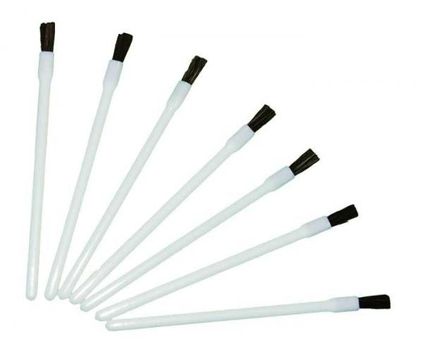 Disposable Lip Brushes 25/Pack PI Canada LB: