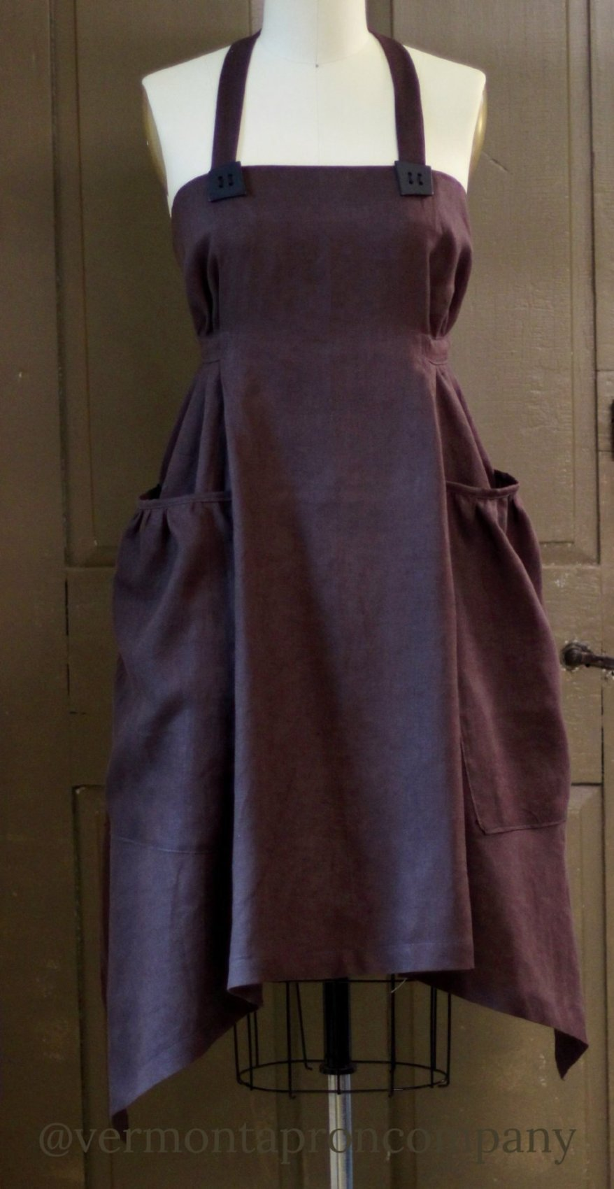 XS-5X  Hippy Apron in Chocolate Brown 100% Flax Linen, front view